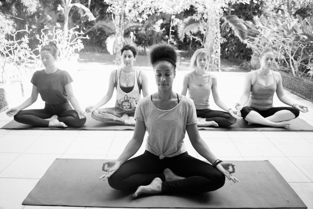 MBI Trainer lara yoga les bali